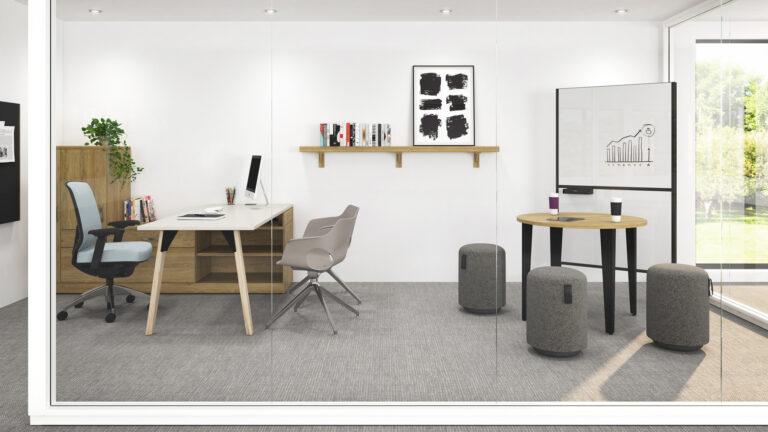 Chaise Auxi - Take Off - Pattes de bois, finis naturel - Table Mondulaire - Element Dynamique